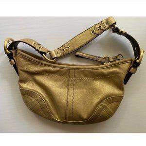 Coach : metallic gold shoulder bag